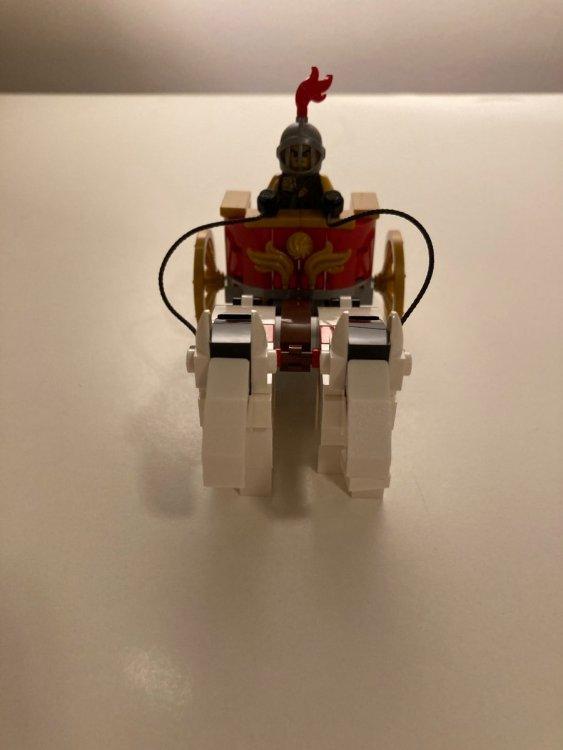 1343106055_LEGO5006293RomanChariotwithHorses(LEGO6346105)-10276ColosseumItalyRomeGiftLEGOBlackFridayFrontView2020ToysnbricksReview.thumb.JPG.6fc29f8831844826b103cad4101a11dd.JPG