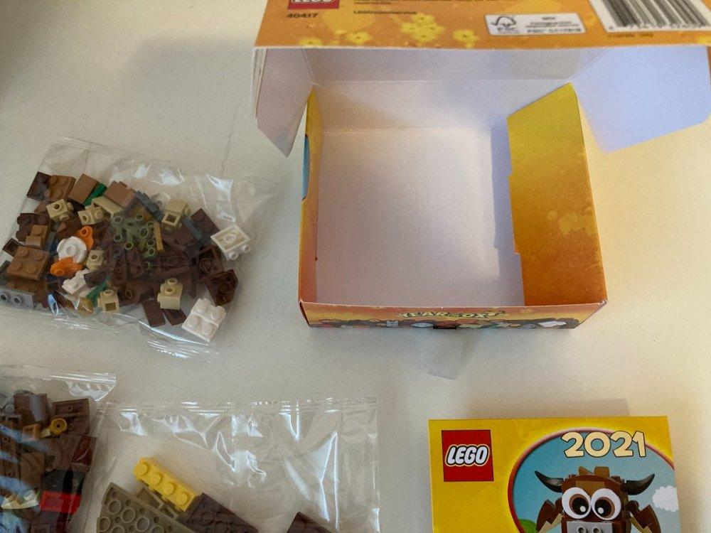 93905799_LEGO40417YearoftheOxLunarChineseNewYear2021BoxInteriorReviewToysnbricks.thumb.jpg.a9e504f28f48df00c65737a773dcd113.jpg